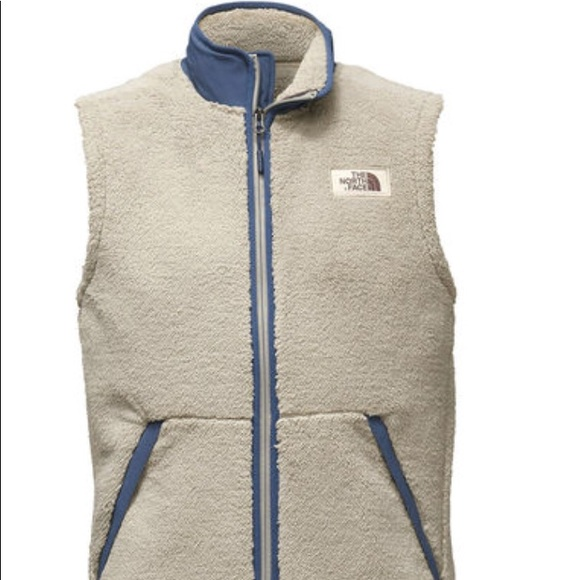d84221dca NWT North Face white vest. Men's small NWT